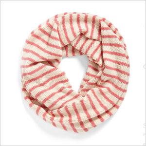 Infinity scarf | Sheknows.com