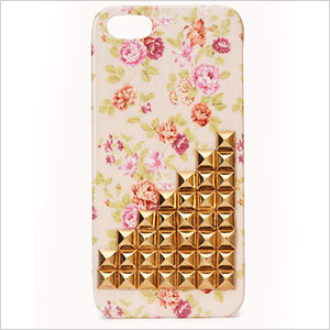 Studded iphone case | Sheknows.com