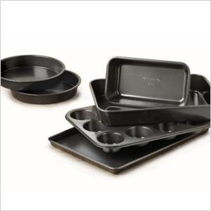 Bakeware set | Sheknows.com