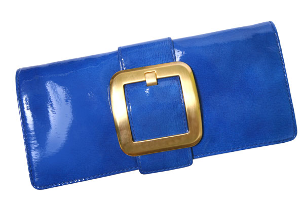 Bright blue clutch | Sheknows.com