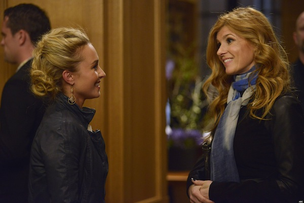 Juliette and Rayna in Nashville