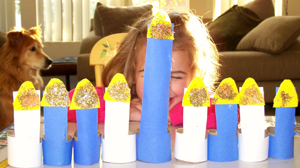 Toilet paper roll menorah - Hanukkah crafts