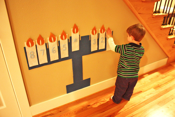 Felt wall menorah - Hanukkah crafts