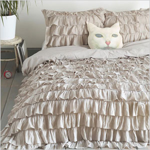 Waterfall ruffle duvet