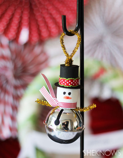 Trim the tree with this fun and easy ornament