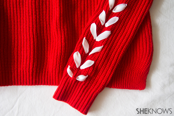 DIY Chevron ribbon arm sweater | Sheknows.com -- final result