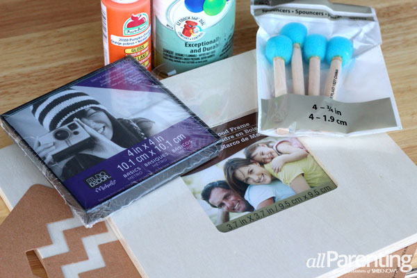 DIY Instagram frame supplies