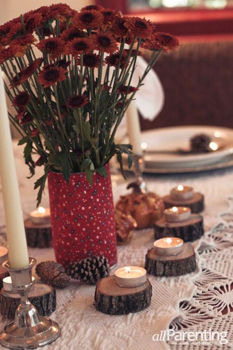 allParenting Kelle Hampton Thanksgiving table