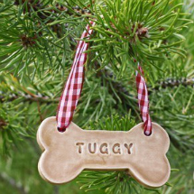 Personalized dog bones ornaments