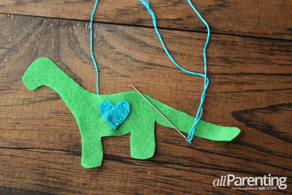 allParenting homemade felt ornaments step 3