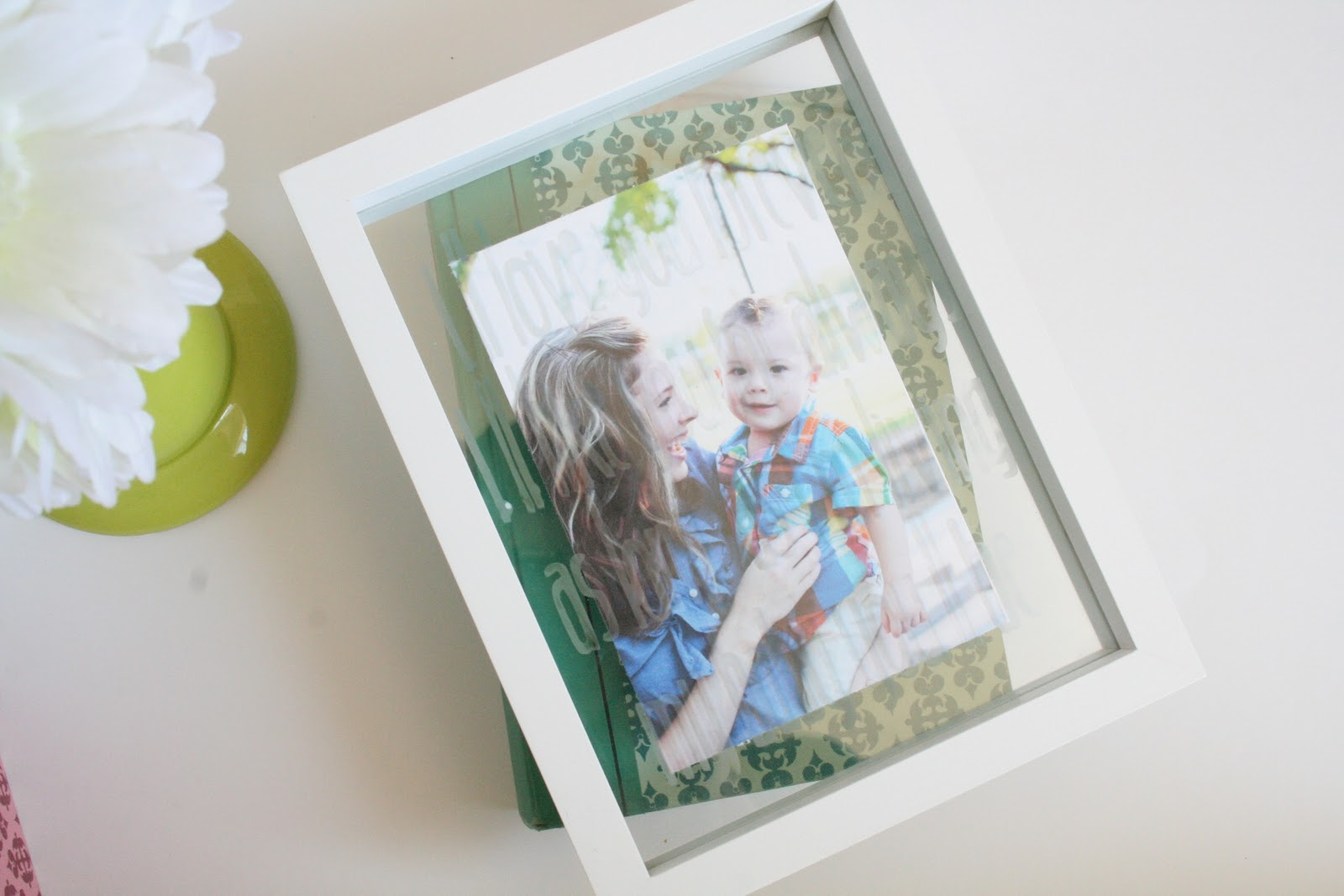 DIY photo gifts: glass etched photo frame