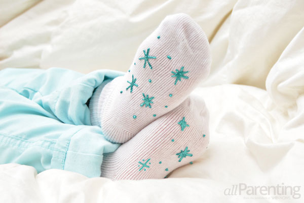 stocking stuffers- DIY no-slip socks