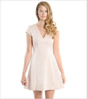 Holiday dress for inverted trianble body type