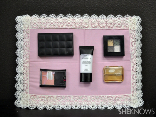 How to make a magnetic makeup organizer for less than $20
