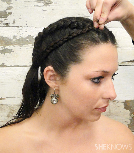 Here comes the (Katniss) braid...