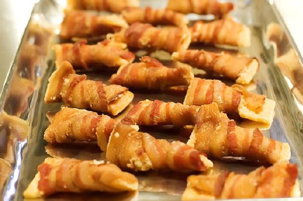 Holiday bacon appetizer | Sheknows.com