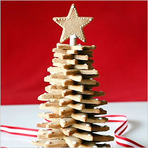 Gingerbread cookie tree centerpiece | Sheknows.com