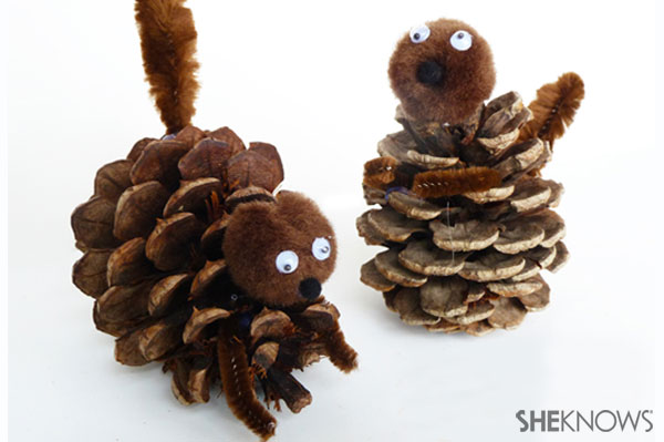 How to make a pine cone squirrel | Sheknows.com