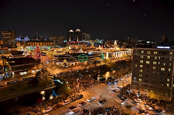Kansas City Plaza Lights – Kansas City, MO