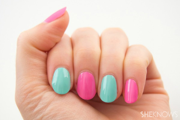 Two-toned color blocking nail design