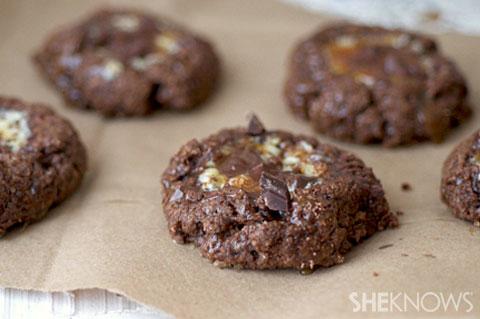 Salted caramel chocolate cheesecake cookies