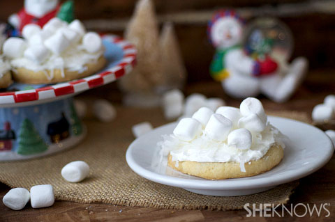 Snowball topped cookies