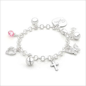 Design your own (engravable) charm bracelet