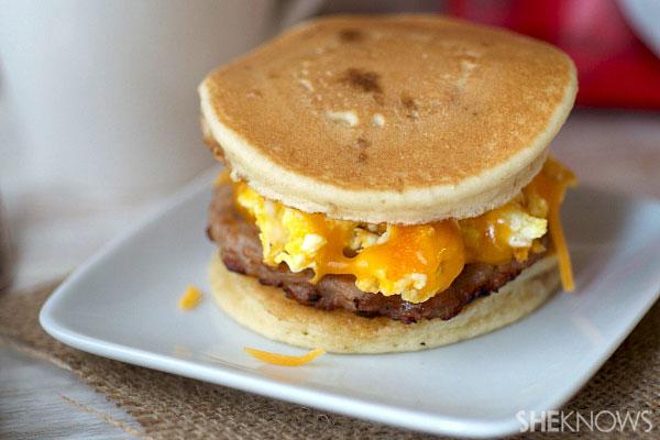 Cheesy scrambled egg pancake sandwiches