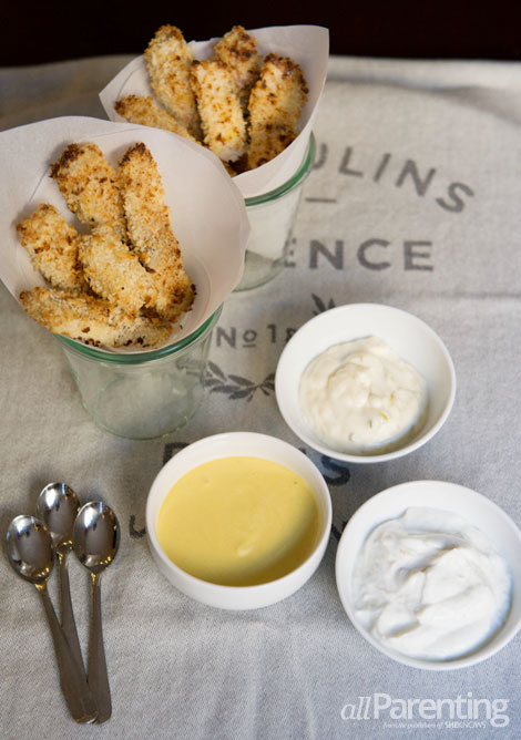 allParenting baked panko-crusted fish sticks and dips