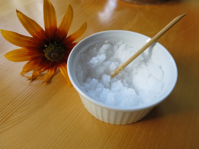 DIY body scrubs- Sea salt scrub