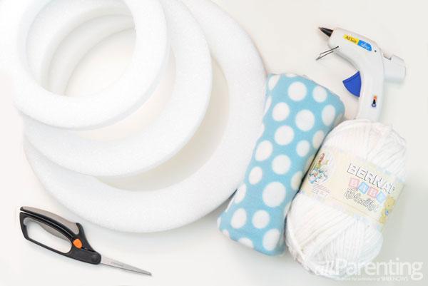 allParenting winter snowman wreath materials