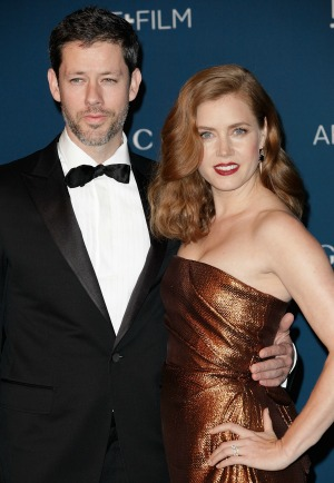 engaged amy adams is quotnot getting married anytime soonquot