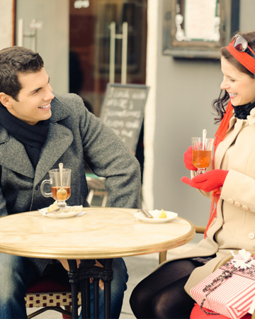 Holiday-themed date nights!