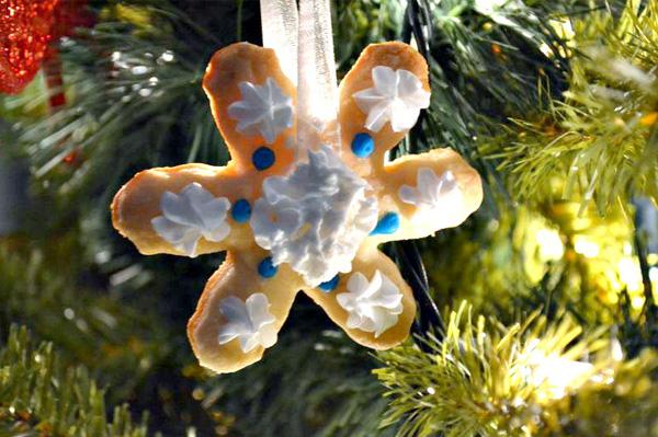 Edible ornament cookies