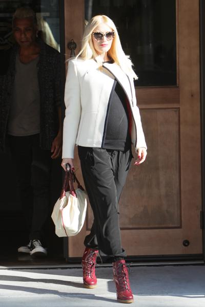 Pregnant Gwen Stefani