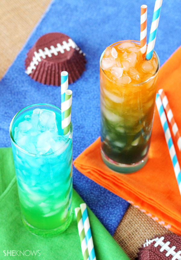 If your team is the Seattle Seahawks you are going to want to serve up some Seattle Seahawks themed cocktails to you guests. The Seattle Seahawks team colors are bright green and navy. Today's cocktail celebrates this popular West Coast team with a variation of their team colors in the form of a cocktail, the Seahawks Stack. The Seahawks Stack is a combination of vodka, blue curaçao, melon liqueur and .