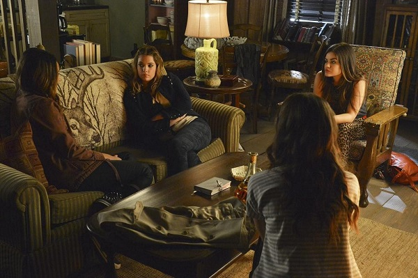 PLL Sitting in the Love ShAck