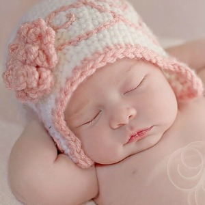 Newborn photo hat | Sheknows.com