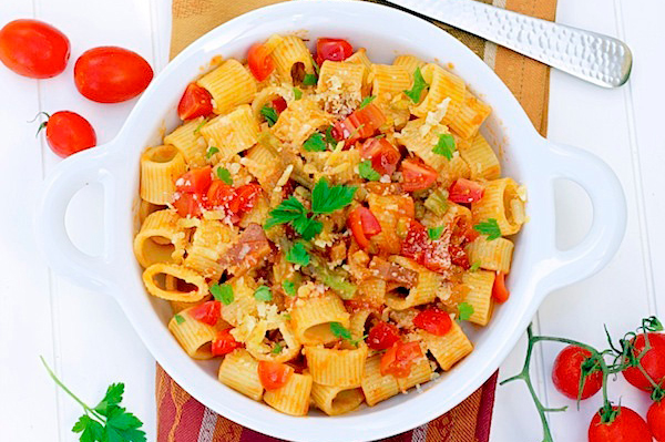 pasta with tomatoes, pancetta, asparagus | Sheknows.com