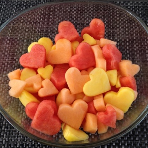 Heart fruit salad | Sheknows.com