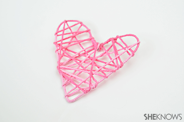 Heart garland | Sheknows.com - step 4