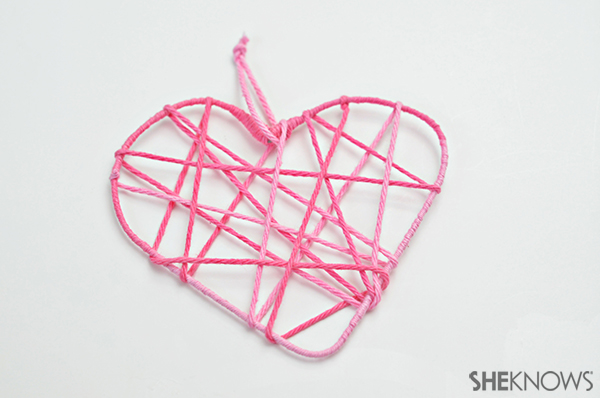 Heart garland | Sheknows.com - step 5