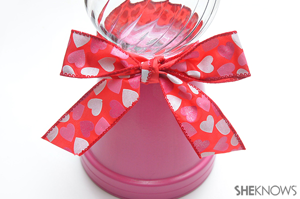 Valentine's Day candy dish | Sheknows.com - step four