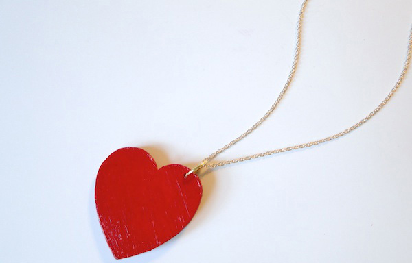 Simple heart pendant
