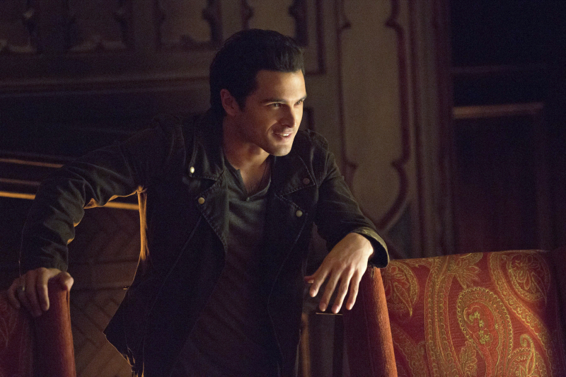 The Vampire Diaries sneak peek: Everyone wants Elena's body