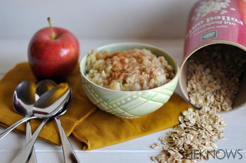 sweet apple cinnamon oatmeal