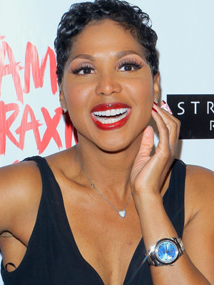 Toni Braxton wearing a watch