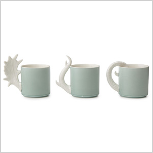 Mugs with antler-shaped handles