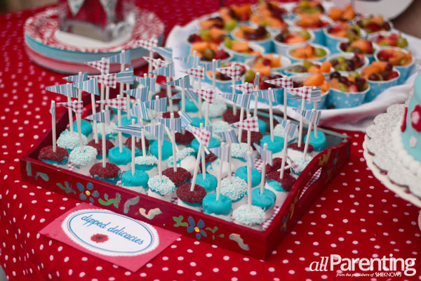 Keel Hampton kids party food