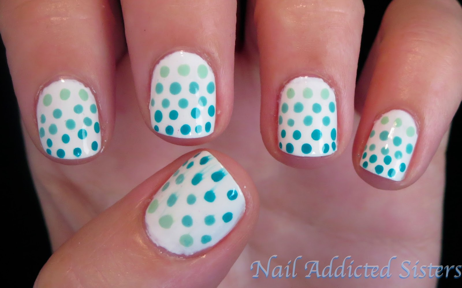 St. Patrick's Day nails- Green ombre dot nail design